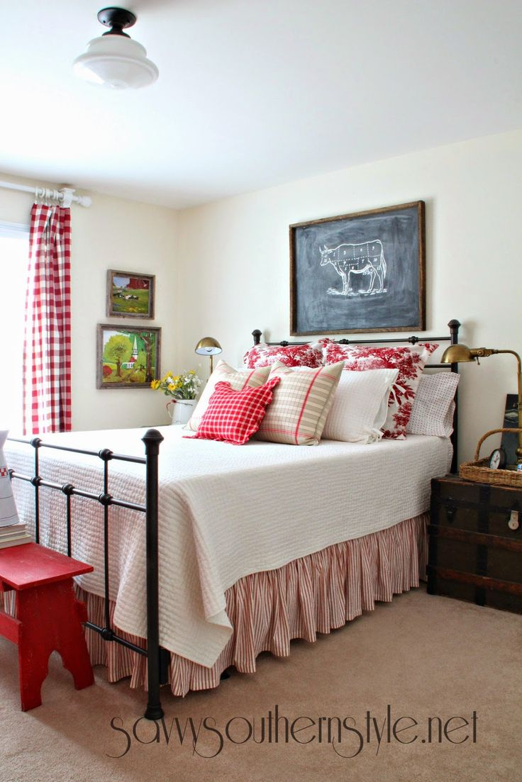 White and red bed sheets - Savvy Southern Style Farmhouse Style Guest Room In Red And White Love The Red And White Checks