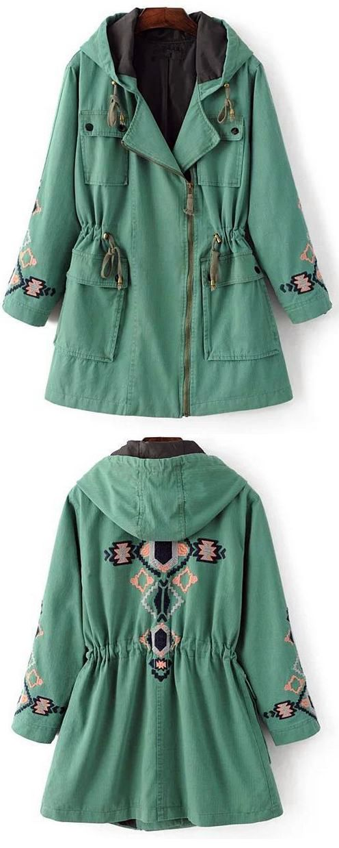 Ethnic green coat to get with One week delivery&easy refund! This embroidery hooded coat is detailed with drawstring at hood/waist&ornamental pockets. Go and hit it at Cupshe.com !