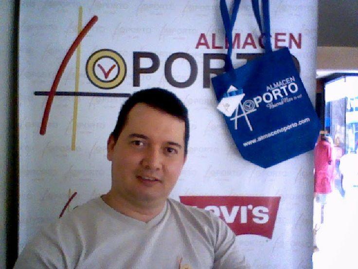 Vía @JorgeEMoncadaA: Fiesta Del Papá Campeón Almacén Oporto Cartago