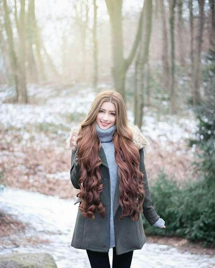 Wahh...cantik nye rambut cik kak nie...  Yeayyyy rambut dah x kusut..melebatkan rambut anda....Lawaaaa pulak tu. Senang nak sikat & shining sangattt. 😍😍😍😍😍  Kanak2 pn blh pakai jugak taw, xpedih mata..rambut lembut n kulit kepala pn terjaga, rambut makin lebat☺😊   👍 100% homemade FREE GIFT AKAN DIBERI TINGGAL KAN NO TEL ANDA SAYA WASSAP :) 📲01123534144