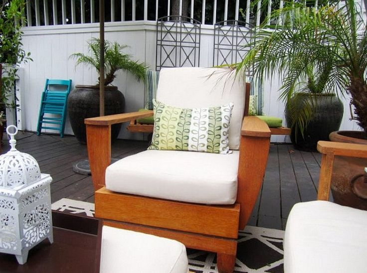 Depiction of Better Homes and Gardens Patio Cushions