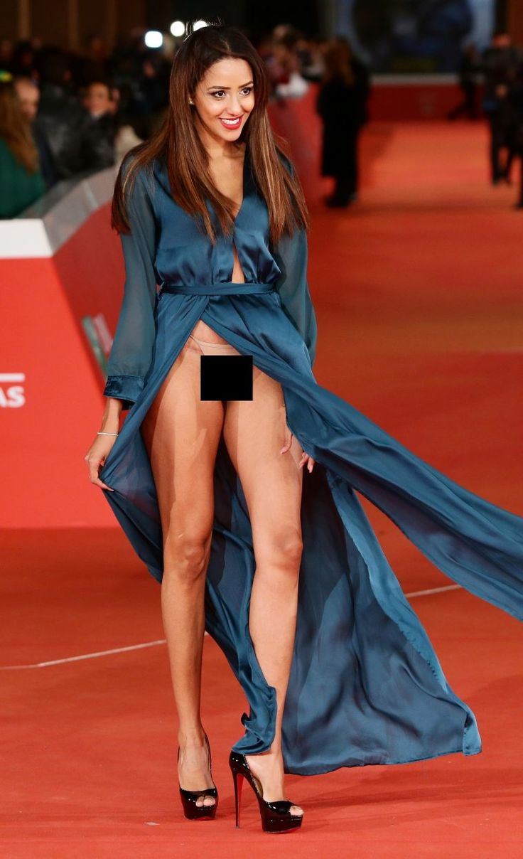 Les 16 meilleures images du tableau Most Embarrassing Celebrity Wardrobe Malfunctions sur ...