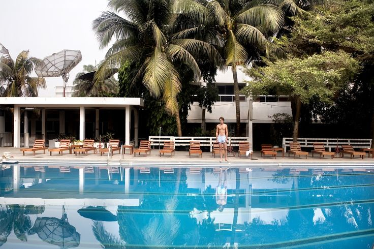 A swimming pool in Cotonou, Benin | www.piclectica.com