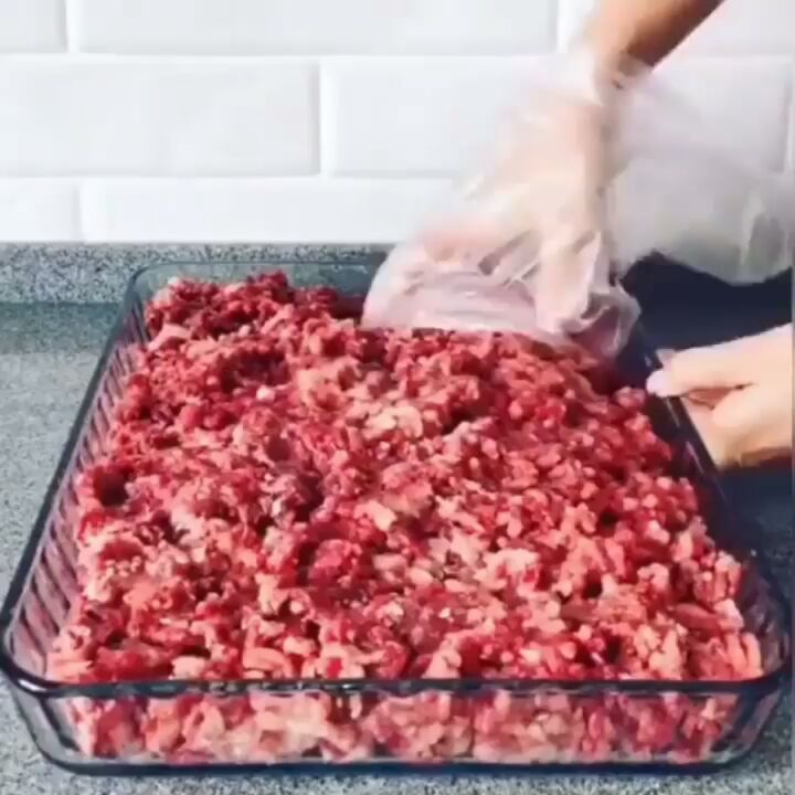 مطبخ عبـودي Aboody Kitchen On Instagram طريقة لحفظ اللحم المفروم في الثلاجة اذا عجبكم المنشور علق حتى ولو بقلب Follow Me Ptv0 تابع Food Meat Beef