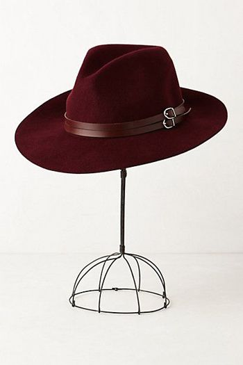 Style Guide: Chic Fall Hats | LaurenConrad.com