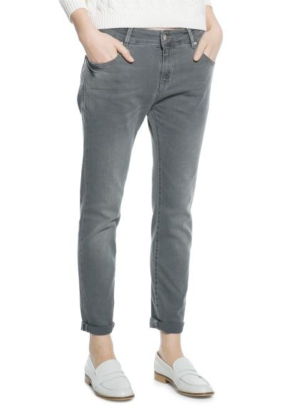 These grey Mango boyfriend jeans look totally awesome.