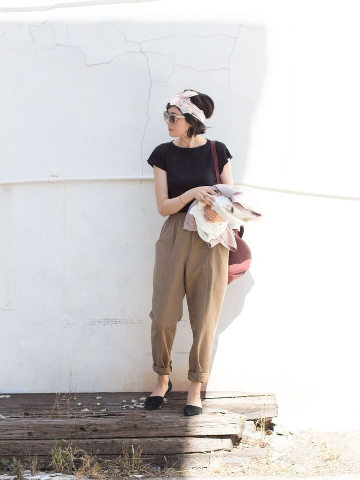 Elizabeth Suzann pants and top, with a favorite vintage scarf to top it all off! /// Mary of millayvintage #ootd