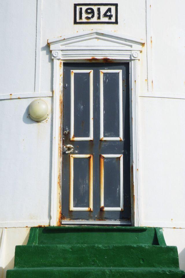 Slangkop Lighthouse Door South Africa & 1003 best DOORS AND HANDLES images on Pinterest | Windows Doorway ... Pezcame.Com