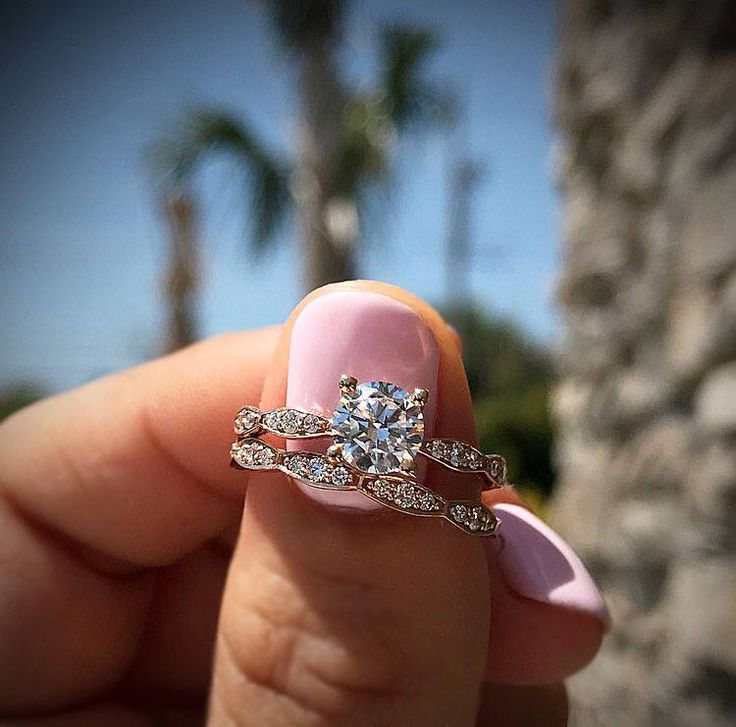 """So, about how much is a 1carat diamond? It's a question we get all the time. Daily, if we include its cousins """"How much is this ring with a diamond instead of a CZ"""" or just straight up """"How …"""