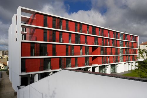 CVDB arquitectos — Day care and Elderly Residential Centre, Portela de Carnaxide, Oeiras 2007