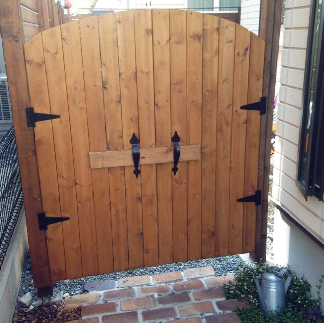 ないなら付けちゃう いろいろなところの扉をdiyして取り付けよう 庭 インテリア エクステリア