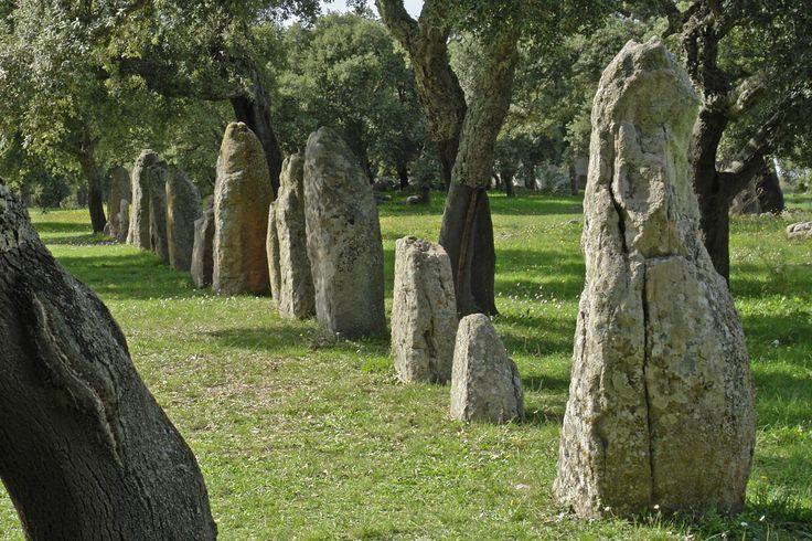 Pietre: i loro segreti http://www.cavernacosmica.com/simbolo-della-pietra-e-dei-cristalli/