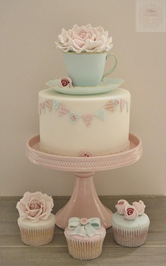 Neue Klasse - Speise Teetasse und Untertasse Kuchen