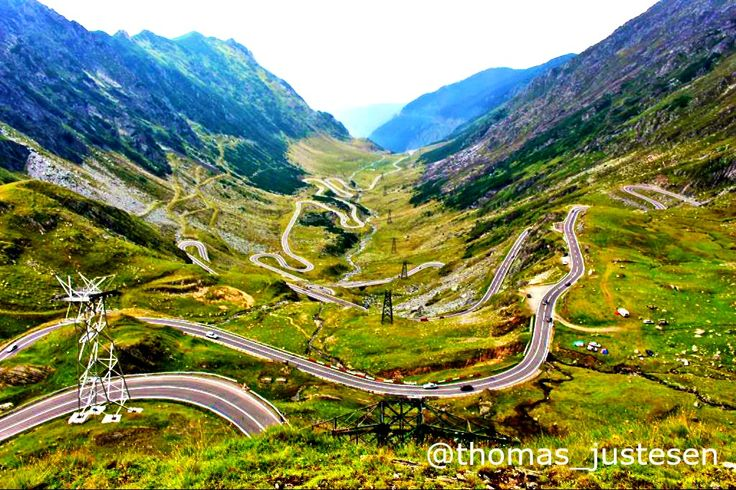 This amazing road called the Transfagarasan highway passes over the Fagaras mountains in Transylvania, Romania at 2,000 meters! Visiting my friends: @seriouslyyolo #nature #naturelovers #nature_perfection #naturelover #travel #traveling #travelgram #travelling #travelingram #traveler #travelphotography #travels #traveller #traveltheworld #travelblog #travelbug #travelblogger #travelpics #travelphoto #freedom #transfagarasan #romania #romanian #romaniamagica