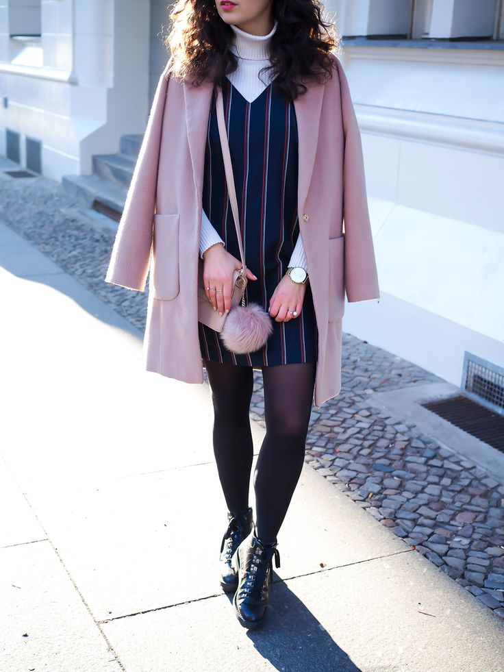 pink oversize coat blush mantel oasis layering dress winter turtleneck and dress boots uterque outfit inspiration winter berlin casual everyday blogger modeblog berlin samieze
