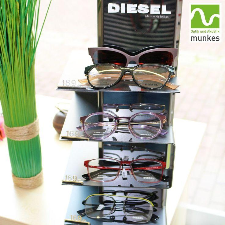 Die Brillenkollektion von Diesel zeichnet sich durch authentisches, persönliche…