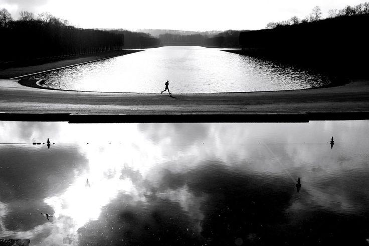 Jogging at Grand Canal du chateau de Versailles France Worldwide photography
