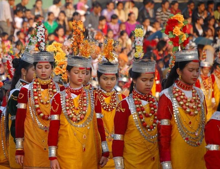 LOCATION: INDIA - MEGHALAYA / Khasis Dance, Meghalaya, India.
