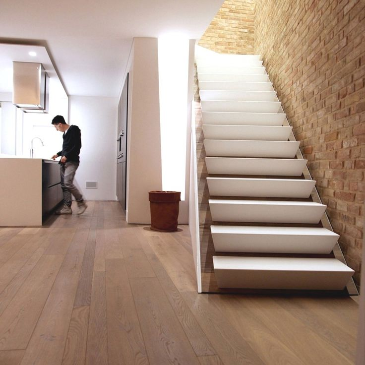 M s de 25 ideas incre bles sobre escaleras de concreto en for Escaleras modernas para espacios pequenos