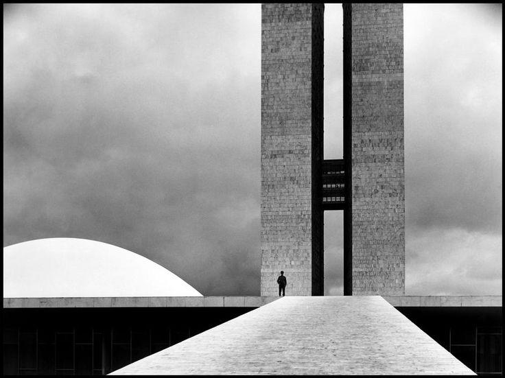Elliott Erwitt Brazil. Brasilia. 1961. The National Congress building by Oscar Niemeyer