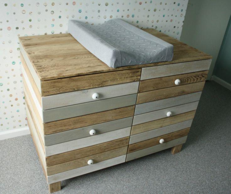 Mooie #commode #babykamer   houtenfineer