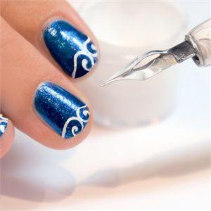 A Calligrapher's Touch: How to Use the Be Creative Nail Art Pen