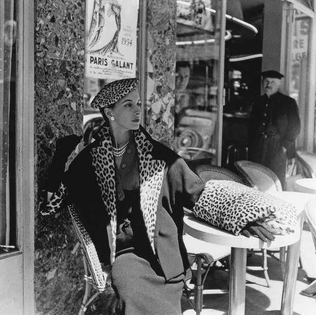 Animal print trimmed jacket! Vintage fashion. (Photo by Willy Maywald, 1954)
