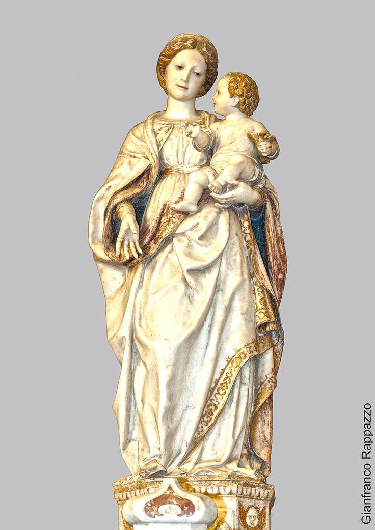 A.Gagini -Madonna della Neve o Nostra Donna della Neve o Madonna delle Celle o Madonna degli Uccelli - statua marmorea-1529 Santa Lucia del Mela a MESSINA santuario della Madonna della Neve