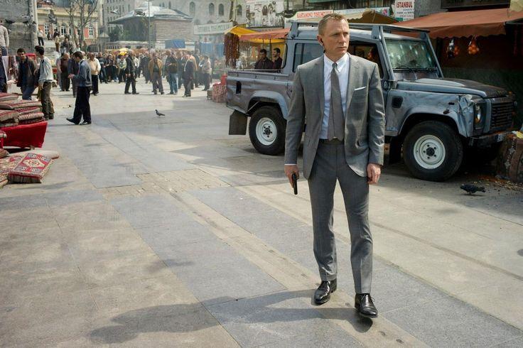 Стиль современный джентльмен на примере Джеймса Бонда
