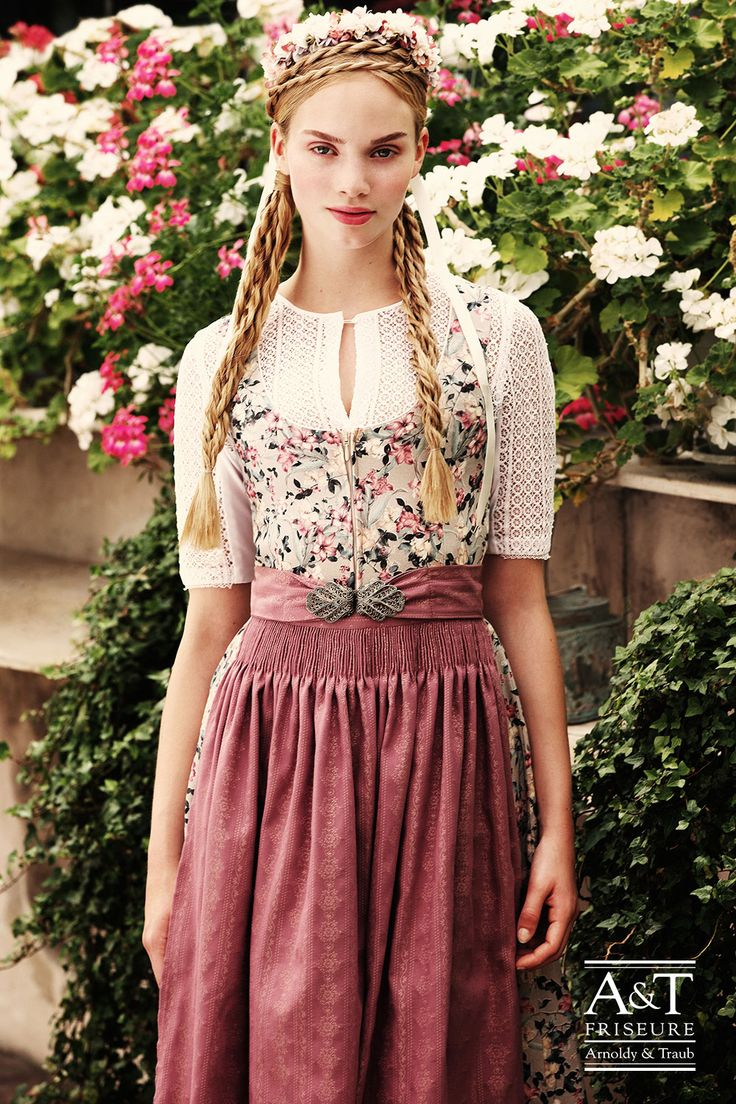 151 best images about dirndlfrisuren trachtenfrisuren flechtfrisuren on pinterest dirndl. Black Bedroom Furniture Sets. Home Design Ideas