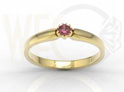Pierścionek z żółtego złota z rubienm / Ring made from yellow gold with ruby / 876 PLN / #jewellery #ring #engagementring #engagement #ruby #love #inspiration