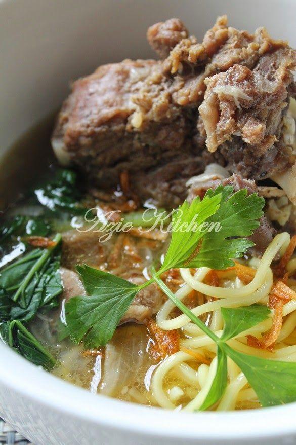 Azie Kitchen: Mee Sup Tulang Istimewa Yang Sangat Sedap mmm