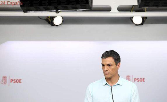 """Pedro Sánchez, entre abucheos a Susana Díaz y a Patxi López: """"Aquí está el PSOE, aquí está la izquierda"""""""