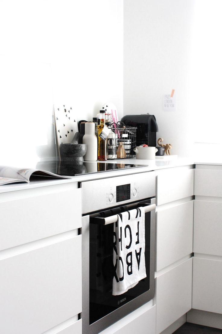 FRICHIC - At Home: Full Kitchen Tour Part 2