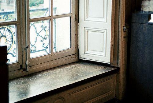 My dream windows w/ deep sash.  Sigh.