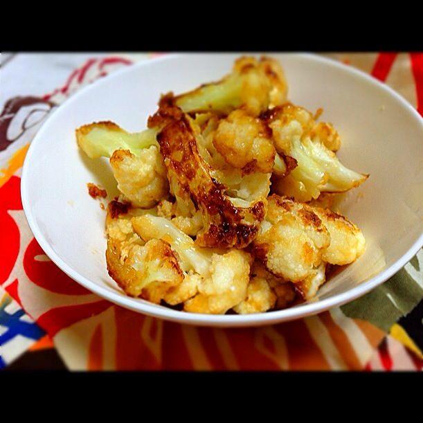 一個食べれそうな - 6件のもぐもぐ - カリフラワーを小麦粉つけて焼いてめんつゆ by takakoizumodQ