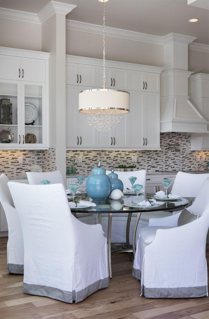coastal dining room | Robb & Stucky