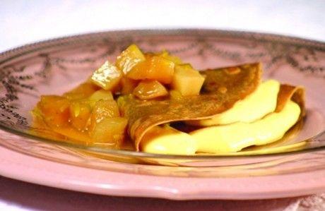Crepes de Quinoa e Canela com Calda de Pêssego - Receita de Doces e Sobremesas - ClickGrátis