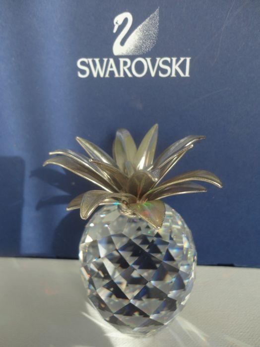 Swarovski - Ananas groot zilver  Een grote ananas in zilver Deze is zeer zeldzaam en haast niet te krijgen.Het stuk wordt geleverd met Swarovski doos en oud certificaat want deze ananas is meer dan 30 jaar oud De ananas is 10 cm.Hij verkeert in een perfecte staat.Het kavel zal na 29-6 verzonden worden in verband met vakantie.De kavels worden aangetekend verzonden.  EUR 1.00  Meer informatie