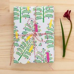 Wrap your gifts up in gorgeous Aussie style with this 100% earth friendly Christmas paper inspired by Australian flora & fauna.
