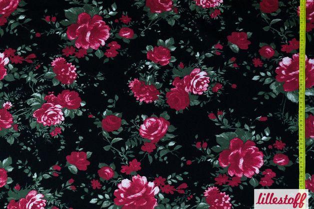 Fließender Modalstoff. Der Stoff eignet sich hervorragend für fließende Kleider, Tunika, und Blusen in dem wunderschönen Lillestoff Design Black Rose  Zusammensetzung: 95% Modal, 5% Elastan...