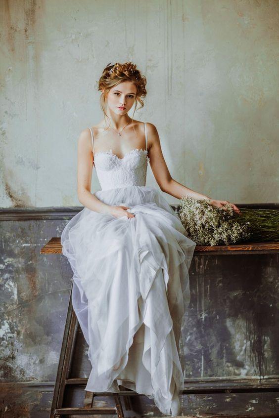 5e2b0e26d6f4 Spaghetti Straps Tulle overlay Organza Slim Lace Bodice Wedding Dress