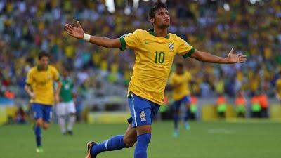 #CuriosoNaCopa: Brasil e Itália classificados | Após a vitória sobre o México por 2 a 0, a Seleção Brasileira se classificou para a segunda fase, a fase final, da competição. Também tivemos o jogo Itália 4 x 3 Japão, que classificou a Squadra Azzurra para a fase final. Veja como foram os jogos, aqui no #CuriosoNaCopa. http://curiosocia.blogspot.com.br/2013/06/curiosonacopa-brasil-e-italia.html