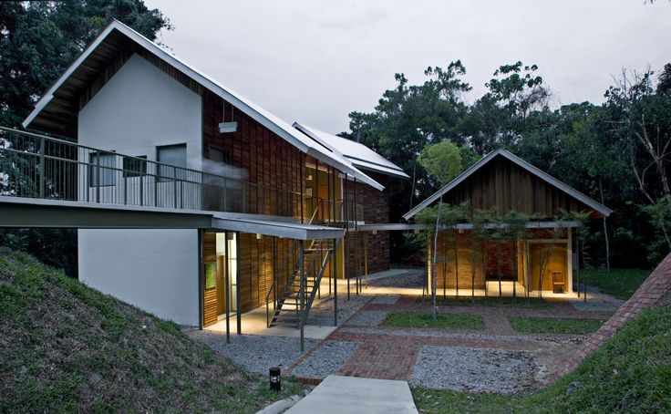 Pulau Banding Rainforest Research Centre / C' arch