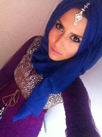 DINA TOKI-O / LAZY DOLL - Love the blue hijab and headpiece! <3