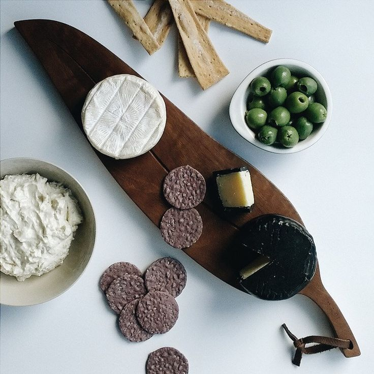 The Gumleaf Serving Board, an Australian designed and made cheese board crafted from beautiful Australian hardwood. www.manualartsdept.com