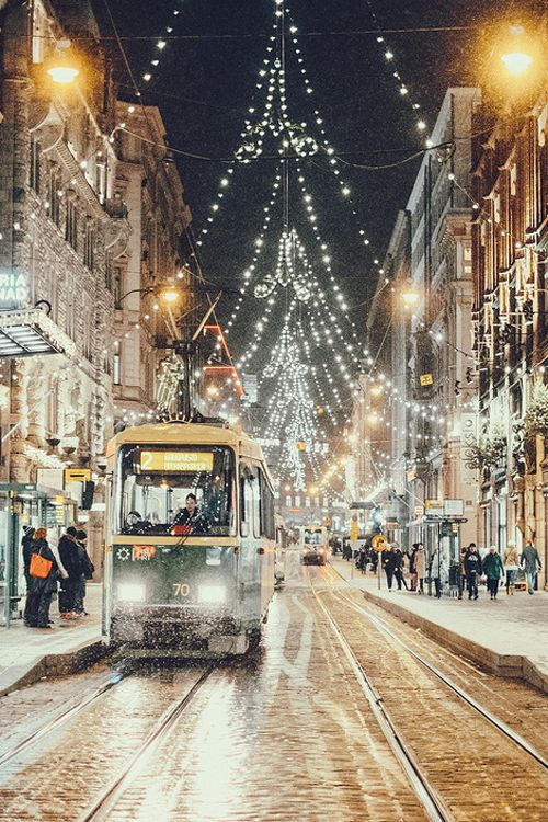 Aleksanterinkatu (one of the main shopping streets in Helsinki) at Christmas... It is beautiful!