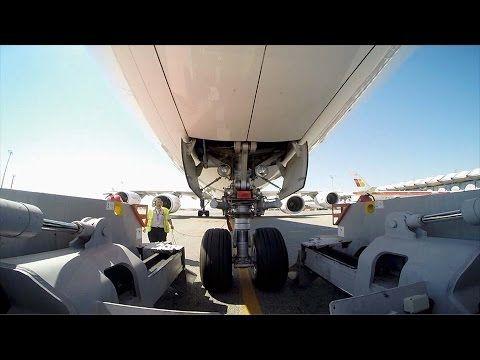 Reporteros 360: Barajas en acción Aeropuerto de Barajas, Madrid no te pierdas este reportaje www.flydiscount.fr reserva ya tus vuelos baratos