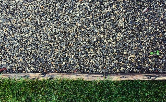 best 25 gravel driveway ideas on pinterest best gravel for driveway gravel drive and. Black Bedroom Furniture Sets. Home Design Ideas