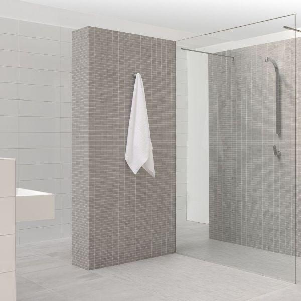 17 beste idee n over badkamer tegels ontwerpen op pinterest douche tegel ontwerpen kleine - Wandtegels voor badkamers ...